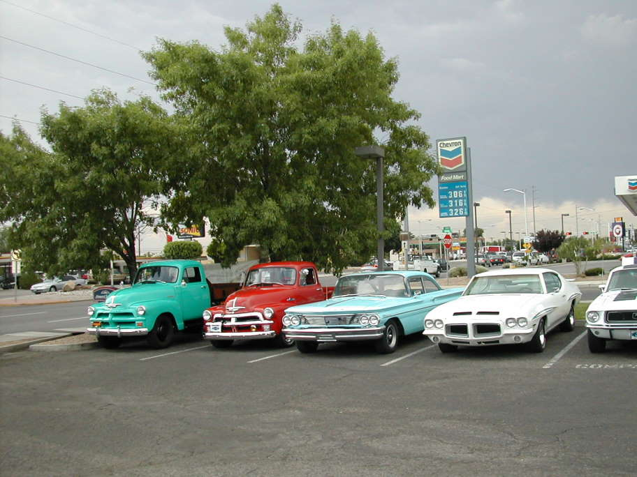The monthy meet with Pontiac's and other great vehicles at the Albuquerque Owl Cafe.