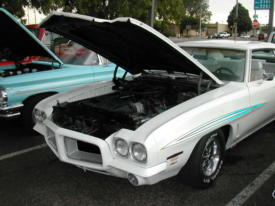 1972 GTO with Reflective Judge Striping.